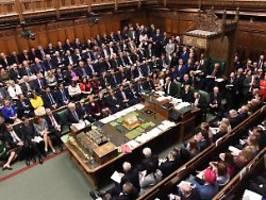 Niederlage für Johnson: Britisches Parlament verschiebt Brexit-Abstimmung