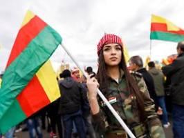 Weniger Teilnehmer in Köln: Gewaltbereite Kurden bleiben Großdemo fern