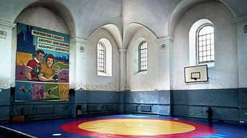 lost places: wenn eine synagoge zum fitness-center wird - auf der suche nach jüdischem leben in osteuropa