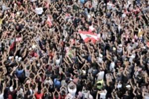 Kritik an politischer Führung: Wirtschaftskrise im Libanon: Erneute Proteste in Beirut