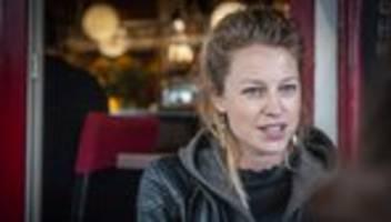 Patrizia Schlosser: Mein Vater, der Bulle – das war mir immer ein bisschen peinlich