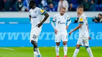 Fussball-Bundesliga: Schalke verpasst Tabellenführung, Köln feiert Heimsieg