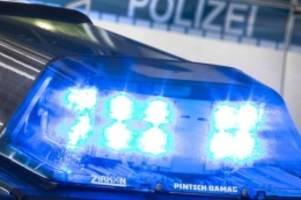 kriminalität: räuber mit beil überfällt discounter in bremen