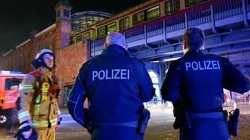 Technischer Defekt offenbar Ursache für Brand von Fußballsonderzug in Berlin