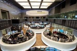 Börse in Frankfurt: Anleger hoffen weiter auf raschen Brexit-Deal