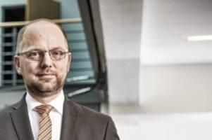 Justizsenator im Interview: Hass und Hetze im Internet –  Hamburg sagt Tätern Kampf an