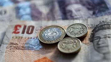 Devisen: Wendung im Brexit-Streit setzt Pfund Sterling zu
