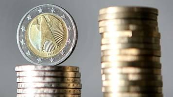 staatsfinanzen: deutscher fiskus mit steigenden einnahmen – lohnsteuer legt zu