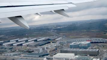Flugbegleiter-Warnstreik: Stuttgart massiv betroffen