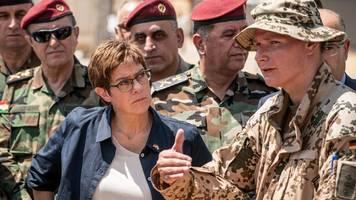 Kramp-Karrenbauer entfacht Debatte um Nato-Einsatz in Syrien