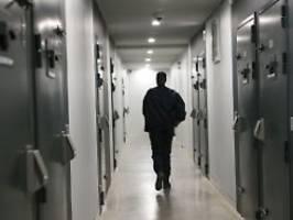 erstmals testlauf in nrw: software soll häftlingssuizide verhindern