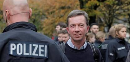 Uni Hamburg plant Sicherheitsmaßnahmen für Luckes nächste Vorlesung