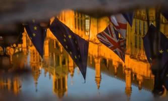 Johnson erhält Zustimmung für Brexit-Gesetz