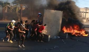 Scharfmunition und übermäßige Gewalt: Ursachen großer Opferanzahl bei Protesten im Irak genannt