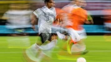 Übertragungsrechte: Fußball-EM 2024 bei Telekom - Free-TV-Partner gesucht