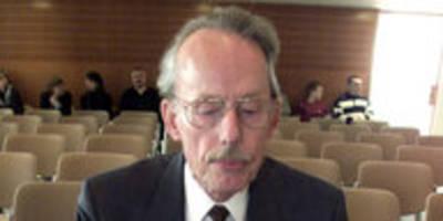 """Zum Tod von Manfred Bruns: Vom """"Sicherheitsrisiko"""" zum Helden"""