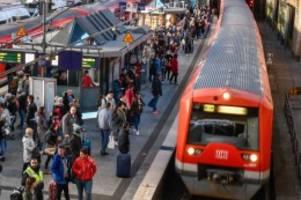hamburg: s-bahn-verkehr am hauptbahnhof unterbrochen