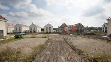 Hausbau: Bauherren können Erschließungskosten senken