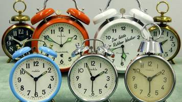 Repräsentative Umfrage - Zeitumstellung: Gesundheitliche Probleme nehmen zu