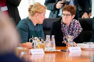 AKK will auch deutsche Kampftruppen in Syrien
