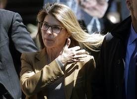 College-Affäre:Neue Vorwürfe im Bestechungsskandal gegen Lori Loughlin