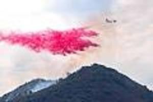 mehr als 2000 hektar land zerstört - waldbrand wütet nahe los angeles - 50.000 menschen müssen ihre häuser verlassen