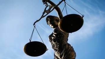 erste plädoyers im mordprozess gegen stuttgarter raser