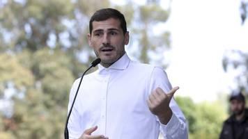 Nach Herzinfarkt - Gras an den Schuhen: Iker Casillas trainiert wieder