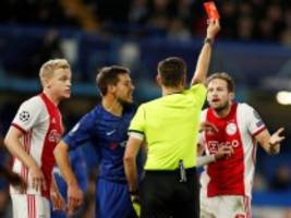 champions league: gelb-rot, gelb-rot, elfmeter