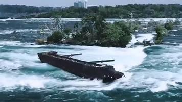 an den niagarafällen:  nationalpark-chef will absturz des schiffswrack iron scow verhindern
