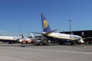 Überprüfung von boeing 737-800: ryanair weist bericht über probleme wegen rissen zurück