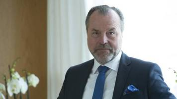 Rückkehr als Aufsichtsratschef: Tönnies meldet sich mit Interview bei Schalke TV zurück – und bezeichnet Äußerungen als Fehler