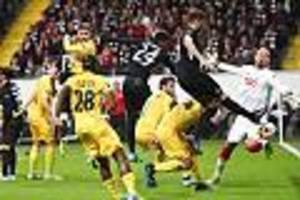 europa league im live-stream - so sehen sie standard lüttich - frankfurt live im internet sehen
