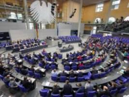Debatte: Bundestag erinnert an den Mauerfall