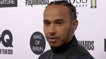 video: lewis hamilton gewinnt gq award