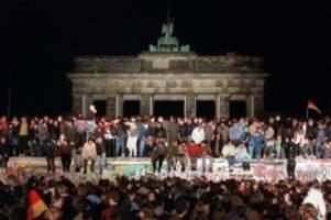 Geschichte: Berliner Senat und Abgeordnetenhaus erinnern an Mauerfall