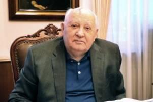 """Interview : Gorbatschow: """"Wir leben gemeinsam in einem Mehrfamilienhaus"""""""