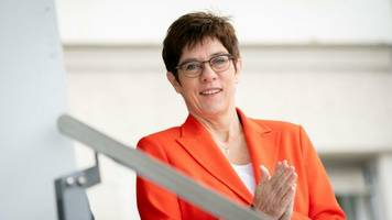 Koalitionsstreit: Kramp-Karrenbauer pocht bei Grundrente auf Prüfung des Bedarfs