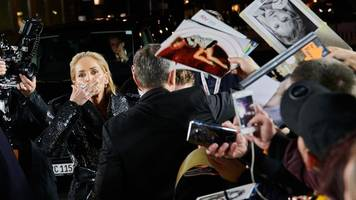 Gala in Berlin - Men of the Year 2019: Sharon Stone,  Kerkeling und Kroos