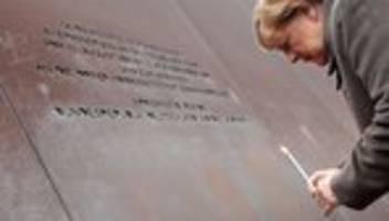 30 Jahre Mauerfall: Merkel ruft zu Einsatz für Freiheit und Demokratie auf