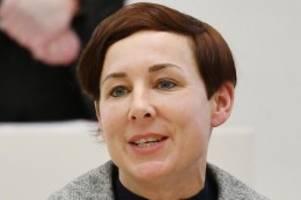 literatur: woidke gratuliert autorin juli zeh zum heinrich-böll-preis