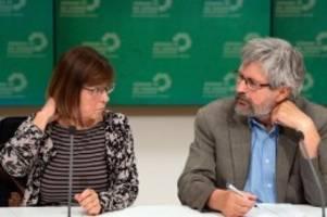 Parteien: Sonderparteitag: Grüne debattieren über Koalitionsvertrag