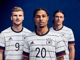 Die Herren tragen Nadelstreifen: DFB-Team stellt sein neues Trikot vor