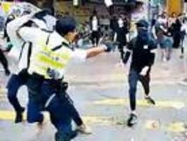 Schüsse und Feuer in Hongkong
