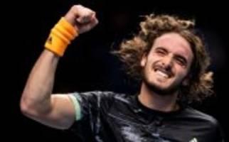 ATP-Finale: Tsitsipas bezwingt seinen liebsten Feind