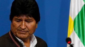 Land ohne Regierung: Rücktritt von Morales stürzt Bolivien in Machtvakuum