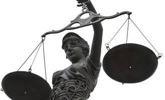 Wegen Kriegsverbrechen vor Gericht: Mann freigesprochen