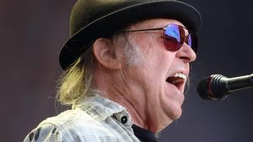 Neil Young beantragt US-Staatsbürgerschaft wegen Präsidentschaftswahl