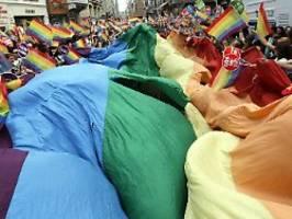18 studenten vor gericht: gay-pride-besuchern in ankara droht haft
