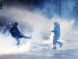 Neue Hoffnung in Chile: Regierung stellt neue Verfassung in Aussicht
